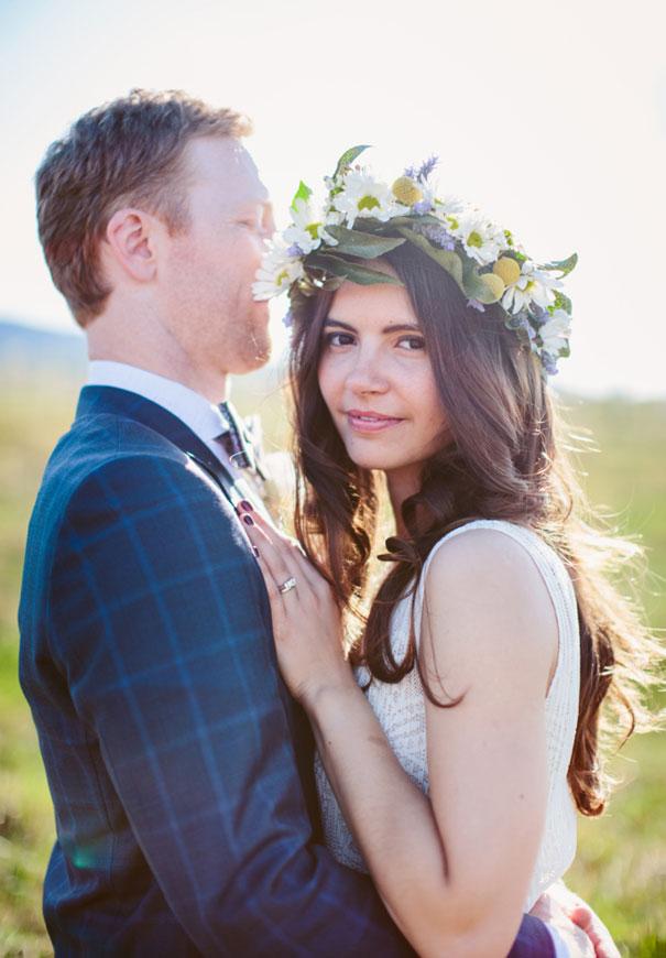 best-wedding-ever-the-wanderers-daisies-boho-bride-country-hippie-wedding-farm-inspiration43