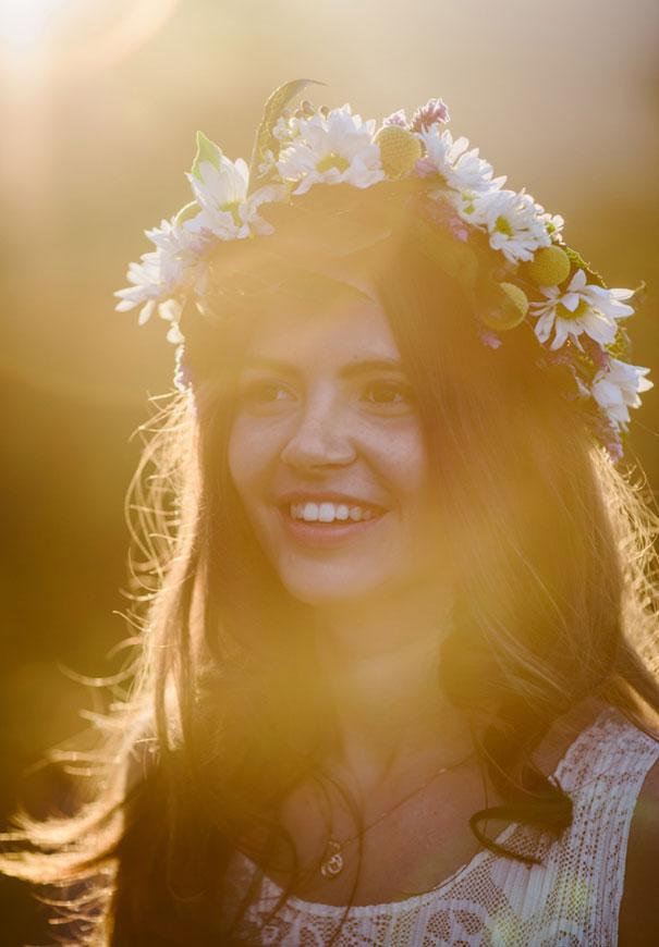best-wedding-ever-the-wanderers-daisies-boho-bride-country-hippie-wedding-farm-inspiration48
