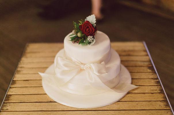 jonas-peterson-coronation-hall-barn-wedding-country-inspiration-queensland-hello-may-magazine22