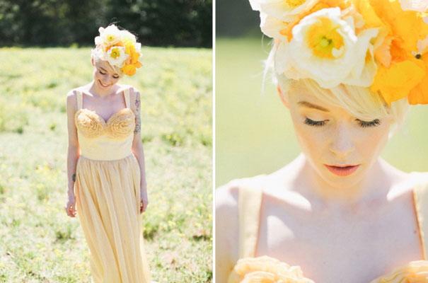 lara-hotz-the-sisters-wedding-inspiration-lover-flowers