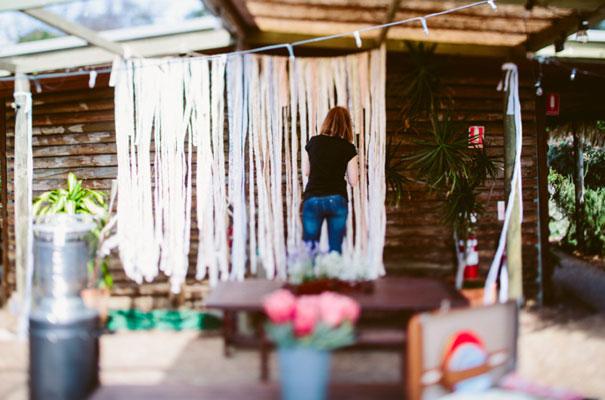 the-wanderers-daisies-boho-bride-country-hippie-wedding-farm-inspiration