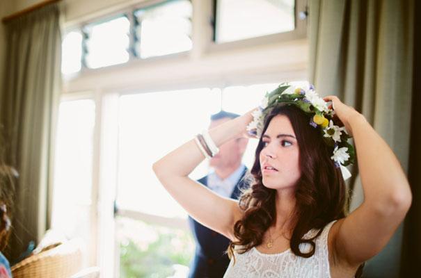 the-wanderers-daisies-boho-bride-country-hippie-wedding-farm-inspiration11