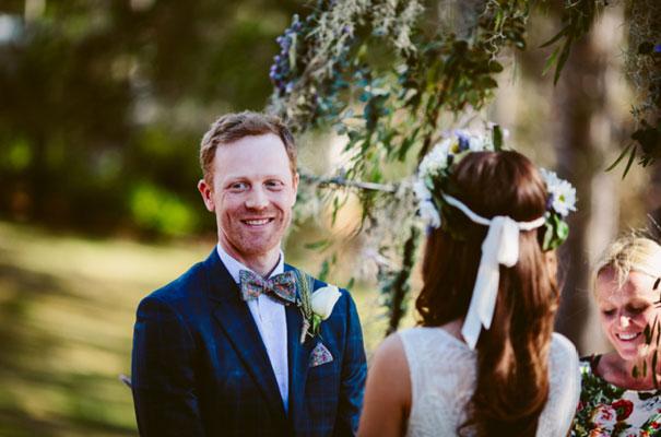 the-wanderers-daisies-boho-bride-country-hippie-wedding-farm-inspiration19