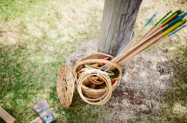 the-wanderers-daisies-boho-bride-country-hippie-wedding-farm-inspiration2