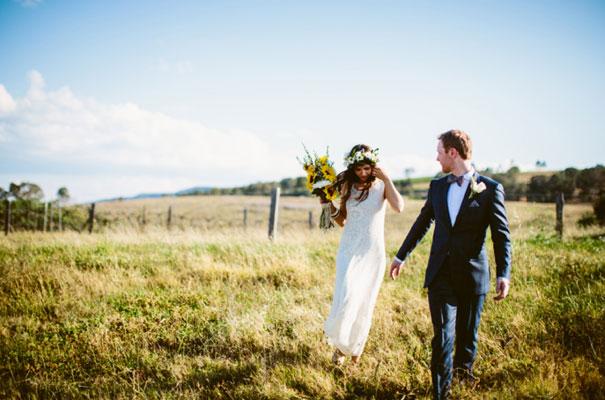 the-wanderers-daisies-boho-bride-country-hippie-wedding-farm-inspiration25