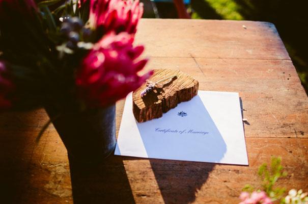 the-wanderers-daisies-boho-bride-country-hippie-wedding-farm-inspiration32