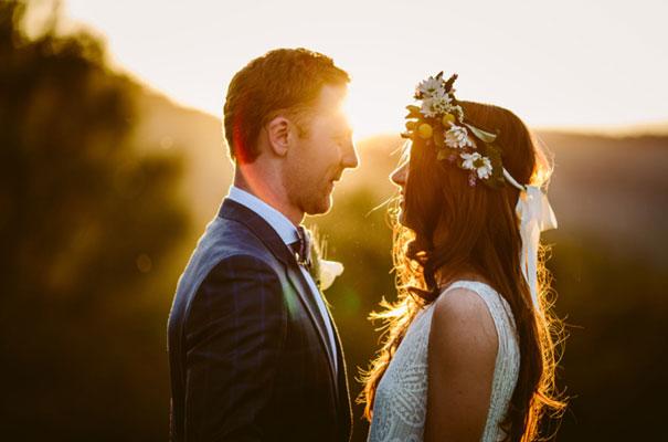 the-wanderers-daisies-boho-bride-country-hippie-wedding-farm-inspiration38
