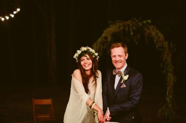 the-wanderers-daisies-boho-bride-country-hippie-wedding-farm-inspiration49