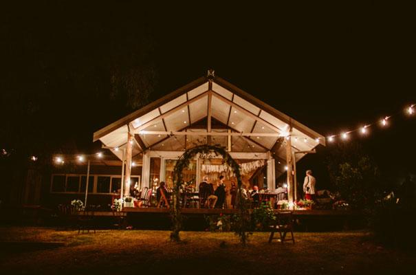 the-wanderers-daisies-boho-bride-country-hippie-wedding-farm-inspiration53
