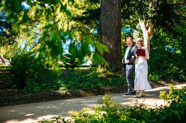 Victoria-wedding-vintage-wedding-dress-photographer-country-DIY7