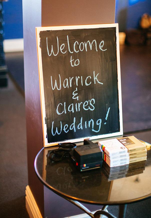 melbourne-wedding-vintage-wedding-dress-photographer-country-DIY6