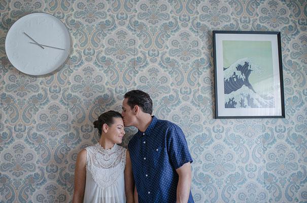 Alana-Blowfield-wedding-photographer-retro-interior13