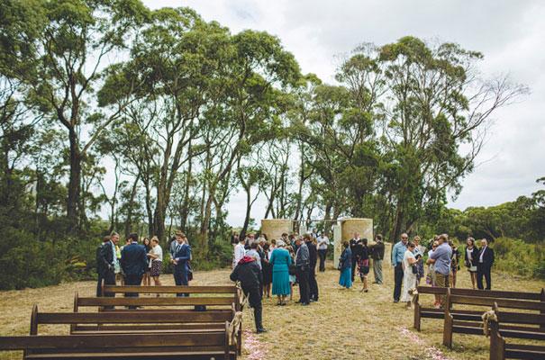 TAS-country-wedding-hay-bales-diy-ideas21