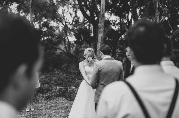 TAS-country-wedding-hay-bales-diy-ideas28