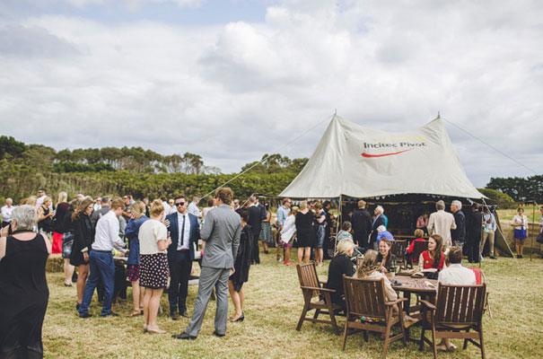 TAS-country-wedding-hay-bales-diy-ideas40