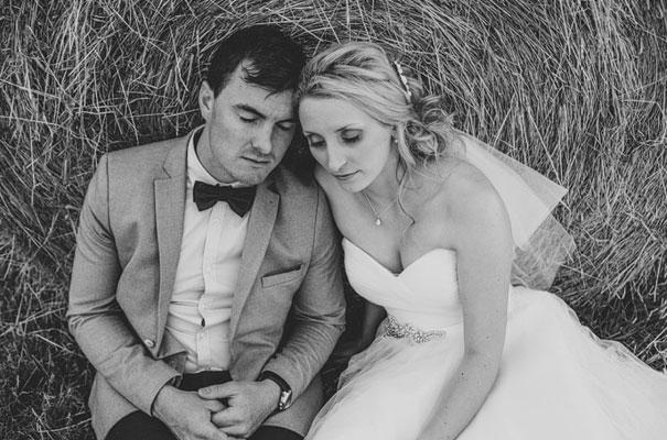 TAS-country-wedding-hay-bales-diy-ideas51