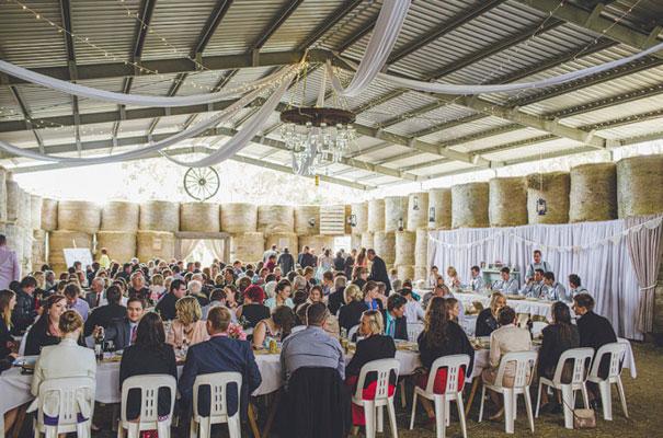 TAS-country-wedding-hay-bales-diy-ideas53