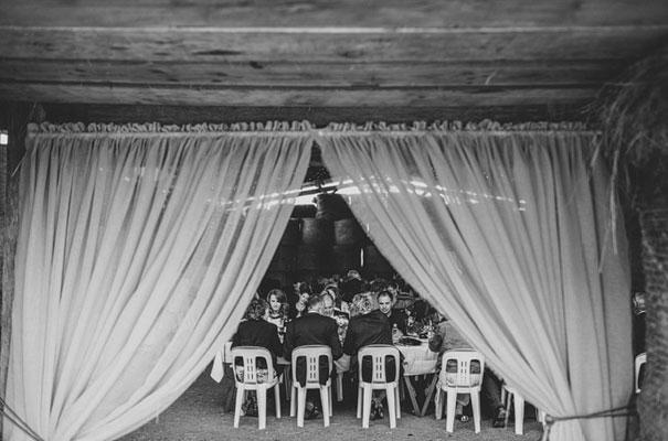 TAS-country-wedding-hay-bales-diy-ideas56