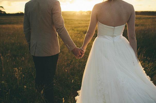 TAS-country-wedding-hay-bales-diy-ideas61