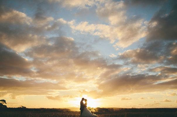 TAS-country-wedding-hay-bales-diy-ideas64