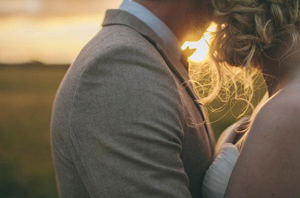 TAS-country-wedding-hay-bales-diy-ideas65