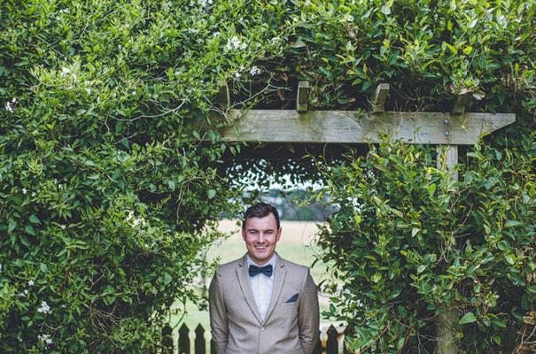 TAS-country-wedding-hay-bales-diy-ideas7