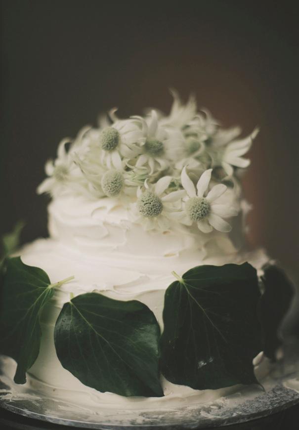 VIC-country-manner-Gwendolyn-bridal-gown-wedding27