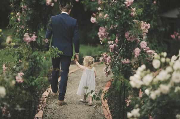 country-manner-Gwendolyn-bridal-gown-wedding15