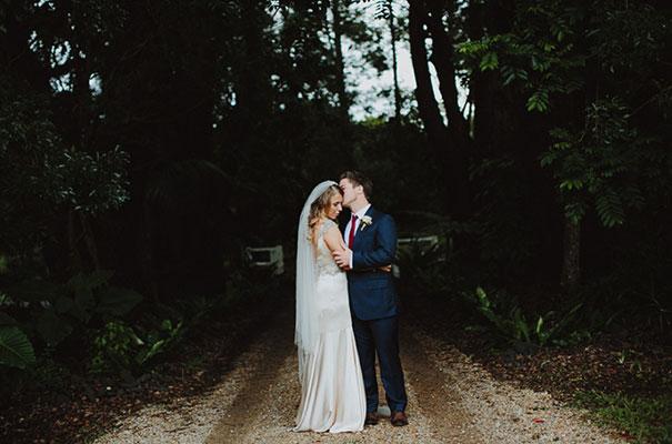 eureka-wedding-justin-aaron-adam-dixon-wedding-country-inspiration39