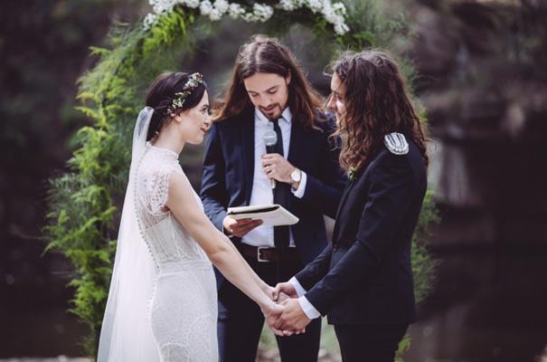 lover-the-label-lace-wedding-dress-rock-n-roll-bride-sydney-photographer15