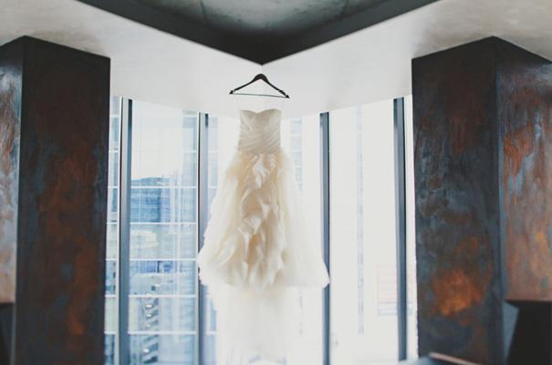 melbourne-wedding-twilight-vera-wang-green-styling-candlelight-inspiration