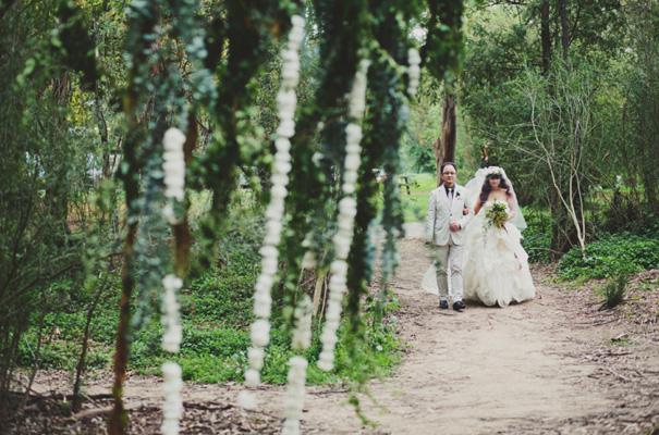 melbourne-wedding-twilight-vera-wang-green-styling-candlelight-inspiration15