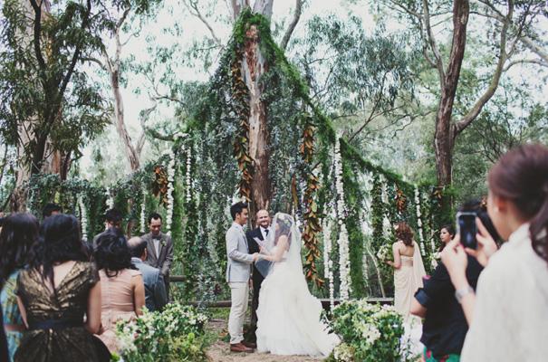 melbourne-wedding-twilight-vera-wang-green-styling-candlelight-inspiration23