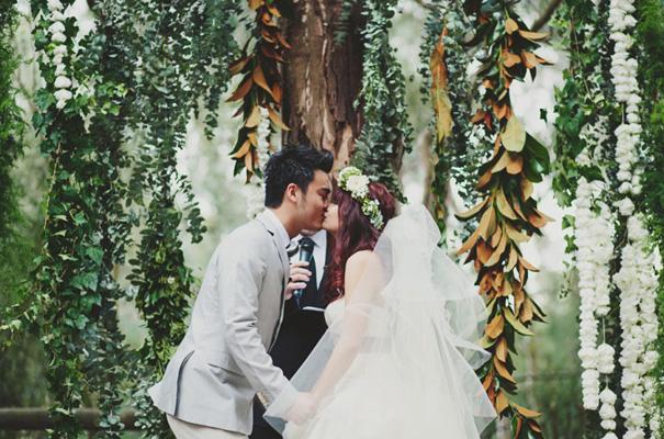 melbourne-wedding-twilight-vera-wang-green-styling-candlelight-inspiration25