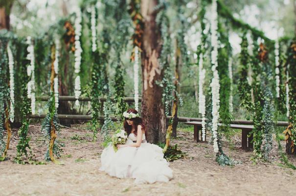 melbourne-wedding-twilight-vera-wang-green-styling-candlelight-inspiration35