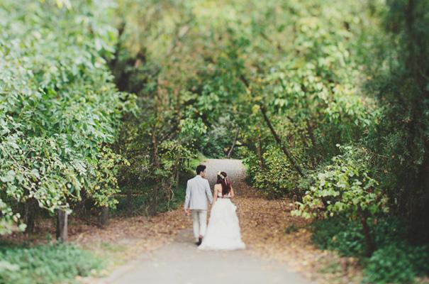 melbourne-wedding-twilight-vera-wang-green-styling-candlelight-inspiration45