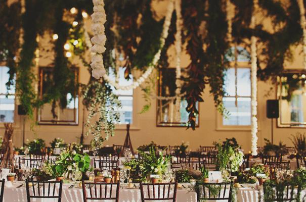 melbourne-wedding-twilight-vera-wang-green-styling-candlelight-inspiration47