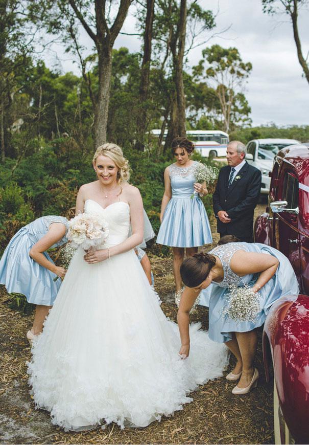 tamania-country-wedding-hay-bales-diy-ideas