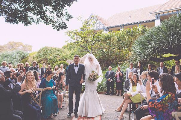 tee-pee-wedding-reception-glamourous-out-door-wedding12