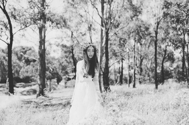 inspiration-wedding-Enchante-Bridal-Boutique-red-sequin-bridal-gown-blue23
