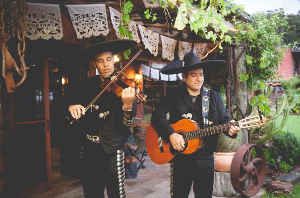 mexican-fiesta-wedding-collette-dinnigan-red-bridal-gown23