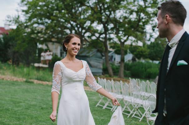 vintage-wedding-dress-grazing-gundaroo-wedding-photographer310