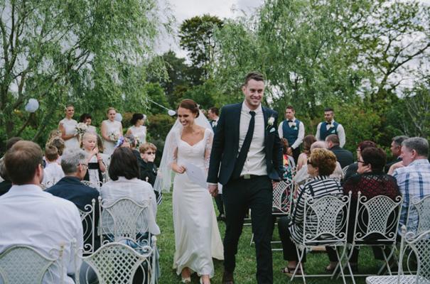 vintage-wedding-dress-grazing-gundaroo-wedding-photographer337