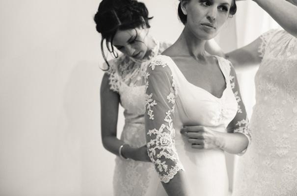 vintage-wedding-dress-grazing-gundaroo-wedding-photographer37