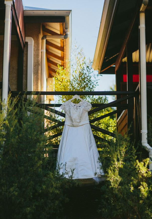 elvi-design-perth-wedding-photographer-tea-length-bridal-gown2