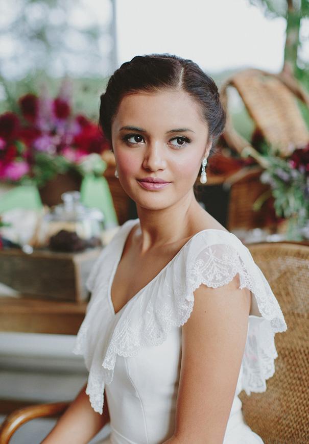 jenny-packham-berry-blush-pink-purple-wedding-inspiration-hair-makeup-bridal-flowers8