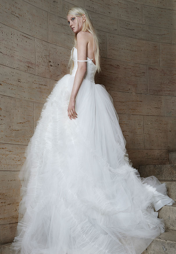 Bridal-Spring-2015_Look-20_Back