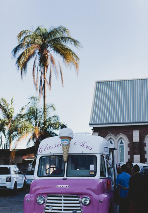 brisbane-retro-pink-queensland-wedding-photographer-icecream-truck-vintage7