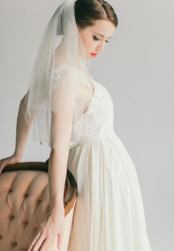 gold-three-sunbeams-bridal-hair-accessories-veil43