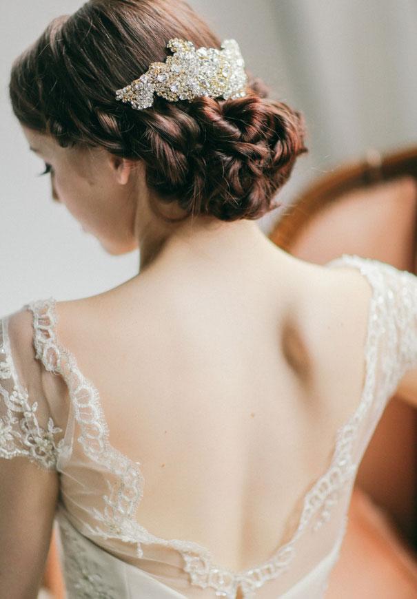 gold-three-sunbeams-bridal-hair-accessories-veil44